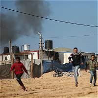 Israel ataca a Hamas como represalia por cohete lanzado desde Gaza