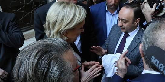 Líder musulmán libanés rechaza recibir a Le Pen con cabeza descubierta