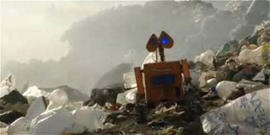 Vea el robot que hizo un joven boliviano inspirado en Wall-E