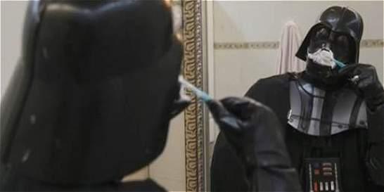 Vea: 'Darth Vader' realizando tareas cotidianas