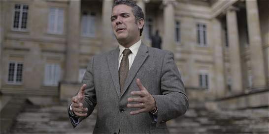 'Presupuesto es un monumento al derroche': senador uribista Iván Duque