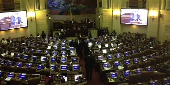 Gobierno urge ocho proyectos en el Congreso