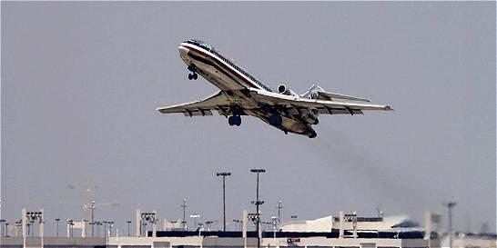 Obligación de eliminar multas en tarifas aéreas, a un paso de ser ley