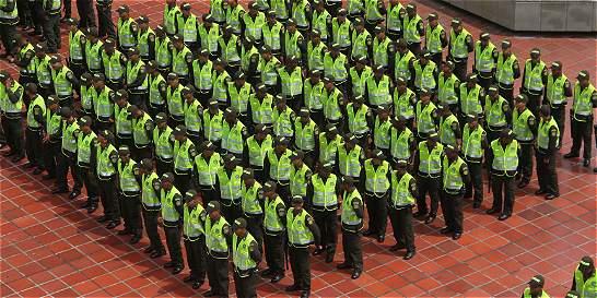 Proponen que 452.373 miembros de la Fuerza Pública puedan votar