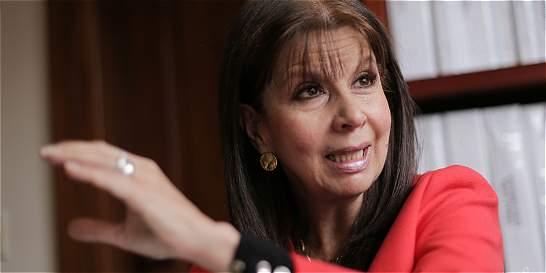 Presidenta de Corte, invitada a Senado para explicar 'fast track'