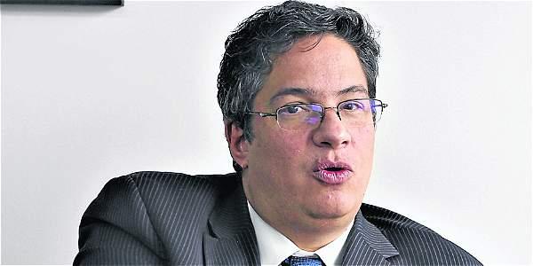 Santiago Rojas venía desempeñándose como ministro de Comercio, Industria y Turismo.