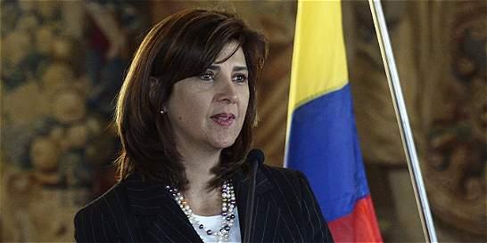 Cancilleres de Colombia y Venezuela hablarán sobre cierre de frontera