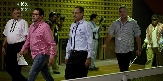 Santos califica de buena noticia viaje de más jefes de las Farc a Cuba