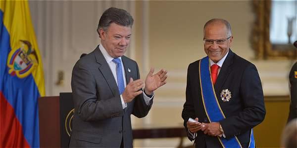 Santos resaltó aval constitucional al referendo por la paz
