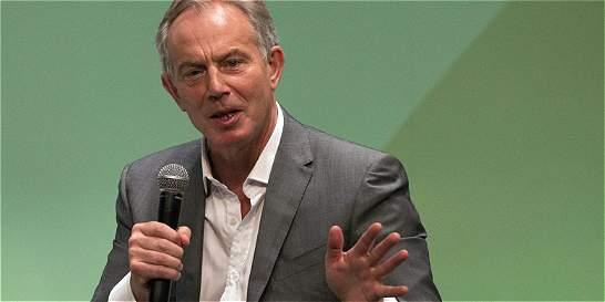 Gobierno colombiano y la firma de asesoría de Blair publican contratos