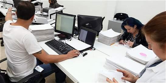 Registraduría revisa firmas de 29 candidatos a elecciones de octubre