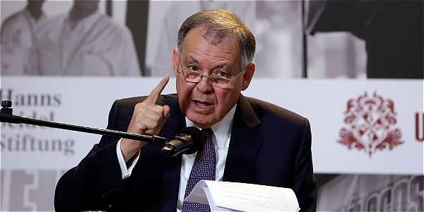 Los argumentos de Ordóñez para decirles no a los derechos homosexuales