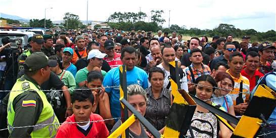 'No nos faltará firmeza para defender a nuestros ciudadanos': Santos