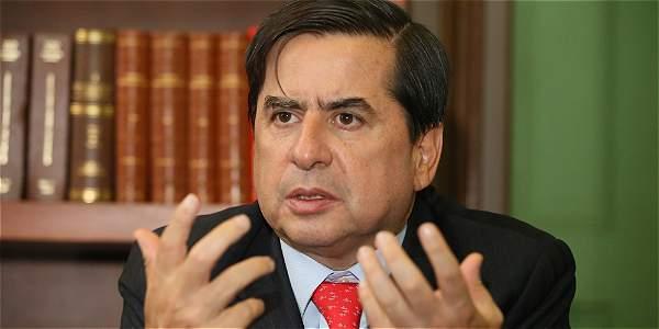 Ministro del interior dice que no ha participado en for Declaraciones del ministro del interior
