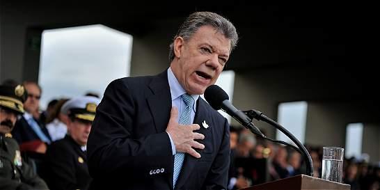 Santos reitera su deseo de que Pastrana y Uribe lo acompañen a EE. UU.