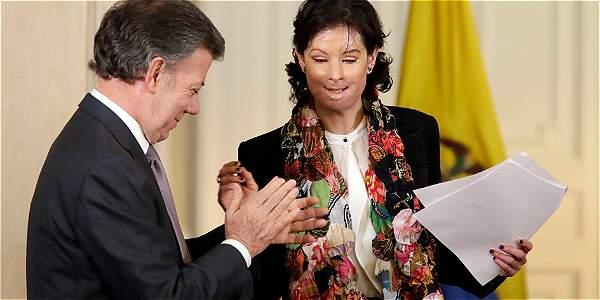 Natalia Ponce agradeció al presidente Santos la promulgación de la ley que lleva su nombre.