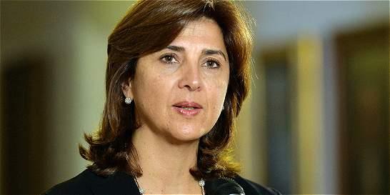 Colombia busca apoyo para reenfoque en lucha contra drogas