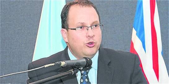 Renuncia director de la Uiaf tras informe de revista 'The Economist'