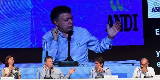 'La reforma tributaria será presentada en octubre': Santos