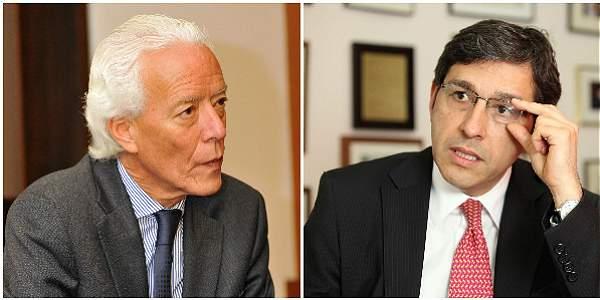 Carlos Gustavo Arrieta, agente colombiano ante La Haya (izq.) y Manuel José Cepeda, agente colombiano ante La Haya.