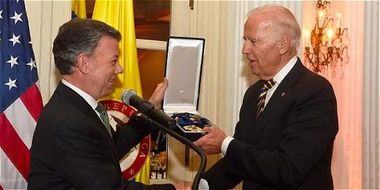 Santos le entregó la Cruz de Boyacá al vicepresidente Joe Biden
