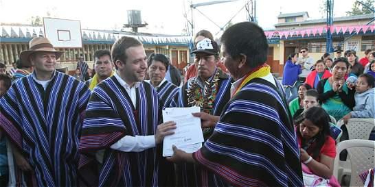 Gobierno legaliza 72.000 hectáreas para indígenas