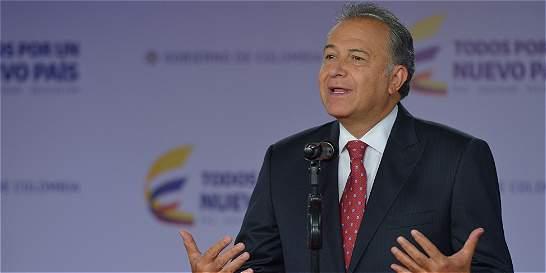 General Naranjo reemplazará a Vargas Lleras en la Vicepresidencia