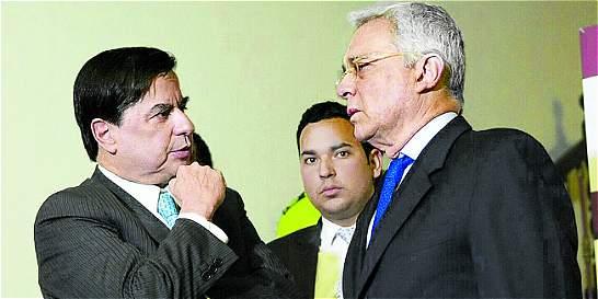 Gobierno descarta propuesta de Uribe de aplazar votación de JEP