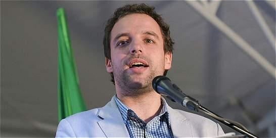 'El poder es de la gente, no de los políticos': Luis Ernesto Gómez
