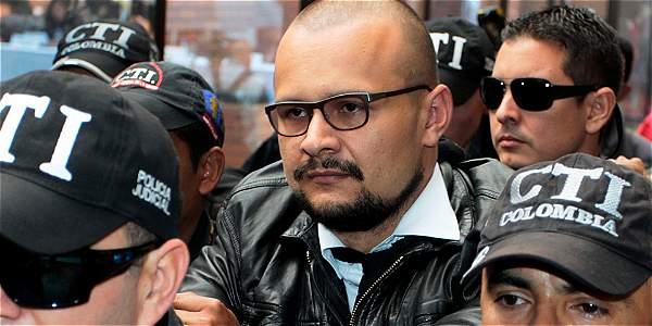 Sepúlveda es investigado por infiltrar espiar a los negociadores de paz en La Habana.