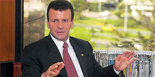 Diez mil cheques enredan a cúpula de Saludcoop