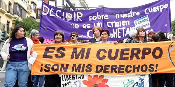 Este domingo se efectuó el Día Internacional por la Despenalización del Aborto. Marcha en España.