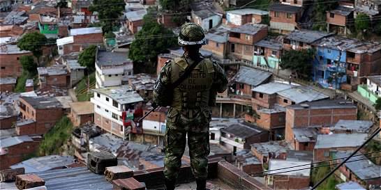 Fiscalía pide facultad para negociar sometimiento de bandas criminales