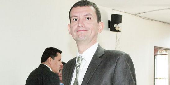Por parranda de Emilio Tapia suspenden a dos funcionarios de la Picota