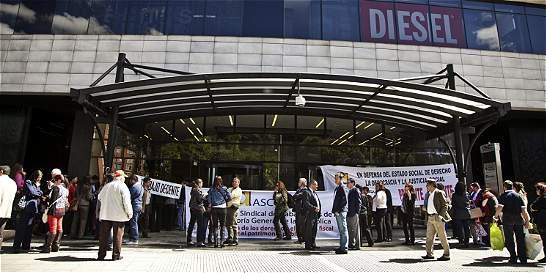 Jueza niega tutela a sindicato de la Contraloría para frenar traslado
