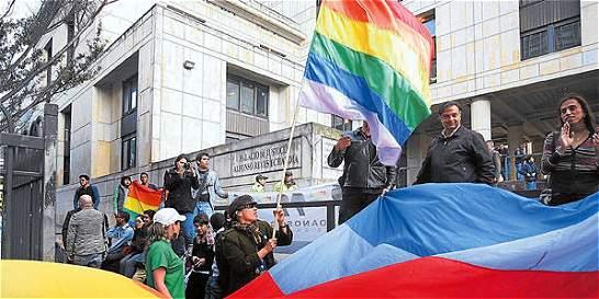 Corte reveló sus razones sobre la decisión de la adopción gay