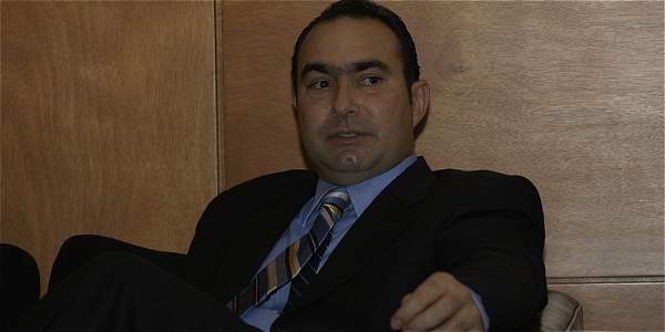 Magistrados de la Corte le piden a su compañero Pretelt que renuncie