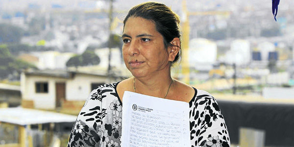 En una humilde vivienda de Aranjuez, en Medellín, vive Olga Lucía Castillo, madre de la niña abusada en Melgar en el 2007.