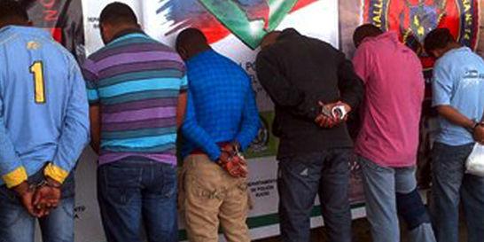 Policía rechaza que 'bacrim' se combata con apego al DIH