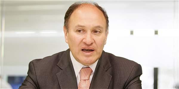 Reintegran a Alberto Rojas Ríos a la Corte Constitucional