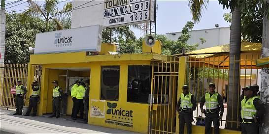 Cargos a Mancuso por blanquear dinero usando empresas de la 'Gata'