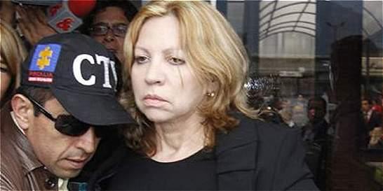 Imputarán cargos a Silvia Gette por autopréstamos de la Uniautónoma
