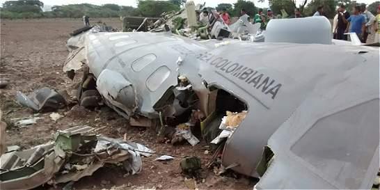 Once militares muertos deja accidente de avión de la FAC en Cesar