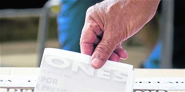 Niegan tutela de voto en blanco a expresidente de Corte Constitucional