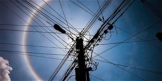 Comisión de Regulación de Comunicaciones definirá pleito Comcel-ETB