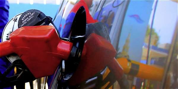 Corte Constitucional tumba el impuesto a la gasolina creado en 2014