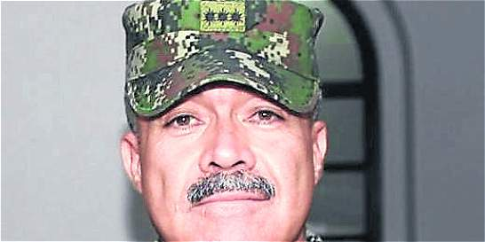 General no asistió a indagatoria de 'falsos positivos', por enfermedad