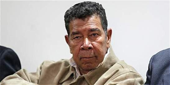 Exjefe 'para' Ramón Isaza ha pedido su libertad, al menos, cinco veces