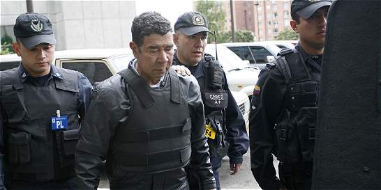 Ramón Isaza está libre, pero con cuentas pendientes