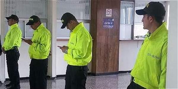 Imputaci n de cargos a red de microtr fico en el bronx for Juzgados de paloquemao